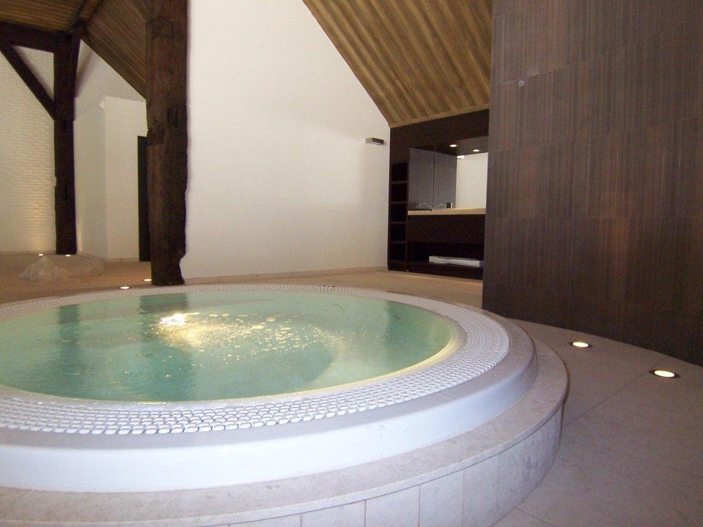 interieur zwembad interieur douche interieur jacuzzi interieur sauna
